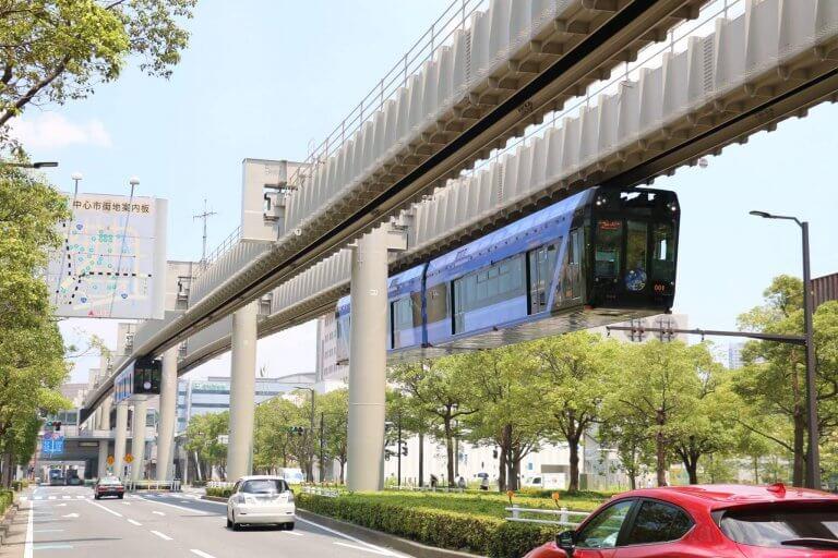 พาไปดู 4 โมโนเรลที่ญี่ปุ่น รถรางที่จะพาคุณลอยฟ้า !
