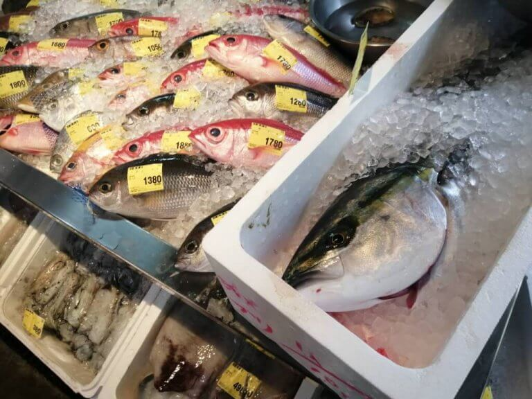 ชาวท้องถิ่น Pick Up เอง! 3 ร้านอร่อยราคาถูกใกล้ตัวเมืองโอกินาว่า Okinawa!